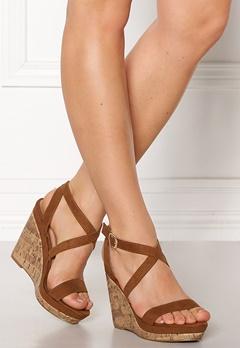 New Look Oiler Wedge Sandal Tan Bubbleroom.eu