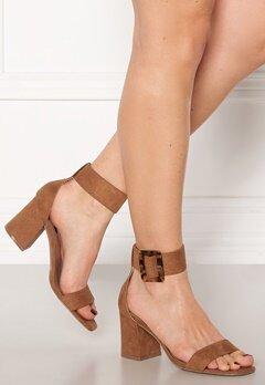 ONLY Amanda Ankle Strap Heeled Sandal Cognac Bubbleroom.eu