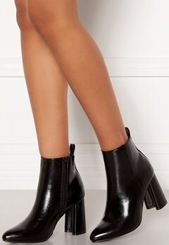 ONLY Brodie Pu Heeled Boot Black Bubbleroom.eu