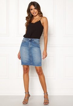 ONLY Eliza Reg Raw Edge Skirt Medium Blue Denim Bubbleroom.eu