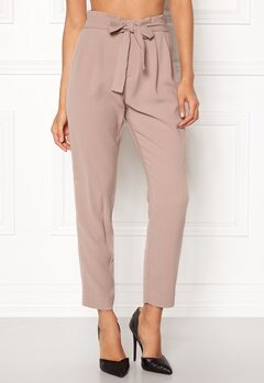 ONLY Florence Belt Ankle Pant Fawn Bubbleroom.eu