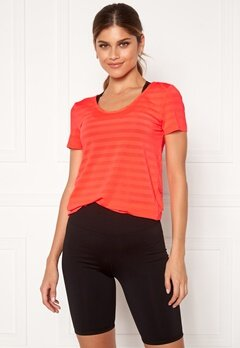 ONLY PLAY Sue V-Neck Training Tee Fiery Coral Bubbleroom.eu