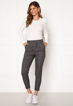 ONLY Poptrash Soft Check Pant Black/Cloud Dancer Bubbleroom.eu
