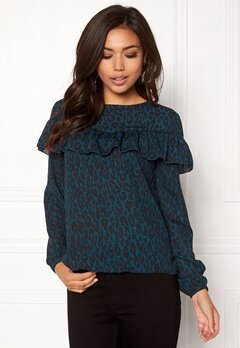 ONLY Sui L/S Ruffle Top Aop Reflecting Pond 1 Bubbleroom.eu