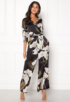 OBJECT Pantheon 3/4 Jumpsuit Black/Big Floral Bubbleroom.eu