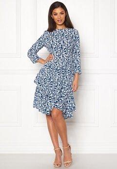 344819d2 Dresses - Buy your stylish dress online | Bubbleroom