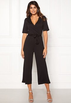 Pieces Duna 2/4 Cropped Jumpsuit Black Bubbleroom.eu