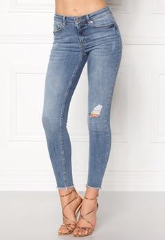 Pieces Five Delly Cropped Jeans Light Blue Denim Bubbleroom.eu