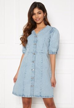Pieces Gili SS V-Neck Dress Light Blue Denim Bubbleroom.eu