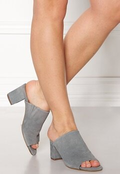 Pieces Mela Suede Shoes Grey Bubbleroom.eu
