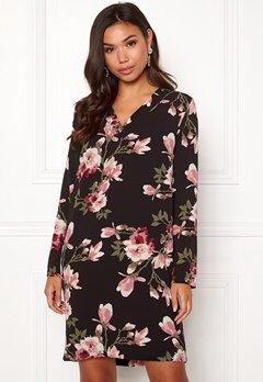 Pieces Lona L/S V-neck Dress Black/Magnolia Bubbleroom.eu