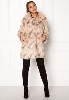 QED London Abstract Faux Fur Coat Abstract Blush Bubbleroom.eu