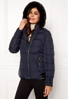 QED London Quilted Short Puffer Coat Navy Bubbleroom.eu