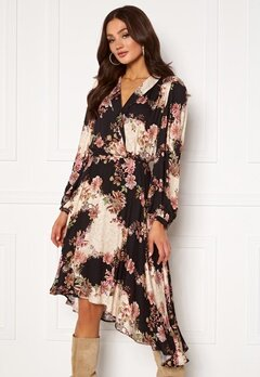 Ravn Regina Dress Flowerprint Black Bubbleroom.eu