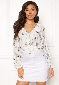 Rut & Circle Flower Wrap Blouse 851 Flower Comb Bubbleroom.eu