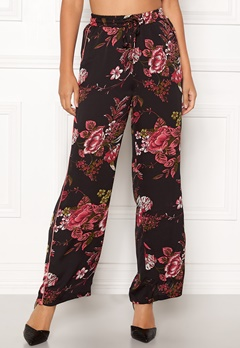Sisters Point Ella Pants 001 Black/Red Flower Bubbleroom.eu