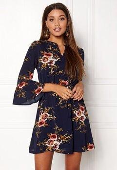 Sisters Point Glans-4 Dress Navy/flower Bubbleroom.eu