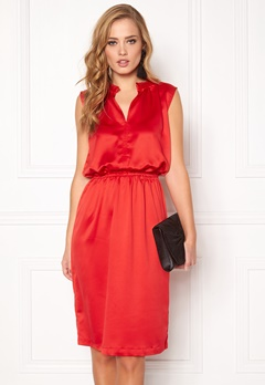 SOAKED IN LUXURY Portia Dress High Risk Red Bubbleroom.eu
