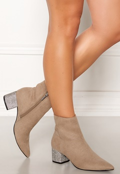 Steve Madden Maggie Boots Taupe Bubbleroom.eu