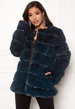 Urban Mist Plush Panelled Faux Fur Navy Bubbleroom.eu