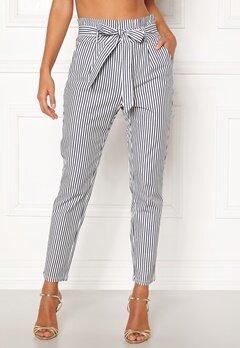 VERO MODA Eva Loose Paperbag Pants Snow White/stripes Bubbleroom.eu