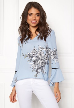 VERO MODA Satina Flair 7/8 V Neck Top Cerulean Bubbleroom.eu