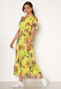 VERO MODA Wonda S/S Wrap Maxi Dress Celandine AOP Bubbleroom.eu