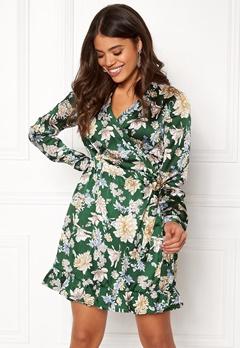 VILA Barima L/S Wrap Dress Pine Grove Bubbleroom.eu
