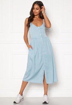 VILA Bista Strap Midi Dress Light Blue Denim Bubbleroom.eu
