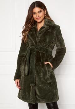 VILA Boda New Faux Fur Coat Forest Night Bubbleroom.eu