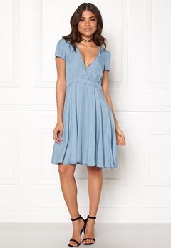 VILA Calan s/s Denim Dress Light Blue Denim Bubbleroom.eu
