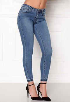 VILA Commit Lux RW 5p Jeans Medium Blue Denim Bubbleroom.eu