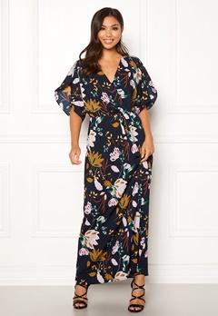 VILA Lasha Adra Maxi Dress Total Eclipse Bubbleroom.eu