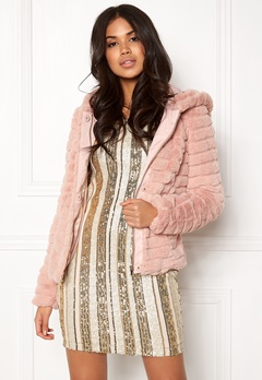 VILA Maya Faux Fur Jacket Peach Whip Bubbleroom.eu