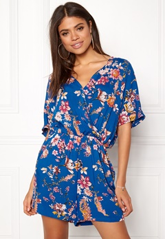 VILA Morra V-neck Playsuit Allure Bubbleroom.eu