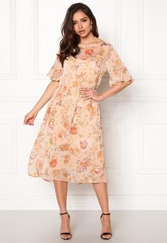 VILA Mouna S/S Medi Dress Peach Blush Bubbleroom.eu