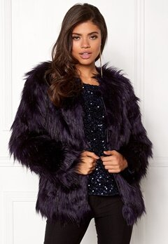 VILA Poppy Faux Fur Jacket Astral Aura Bubbleroom.eu