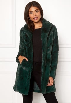 VILA Softa Faux Fur Coat Pine Grove Bubbleroom.eu