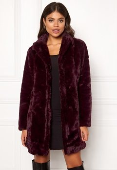 VILA Softa Faux Fur Coat Winetasting Bubbleroom.eu