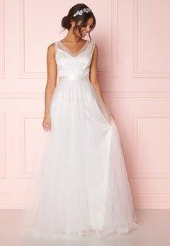 Zetterberg Couture Nadja Long Bridal Dress Ivory Bubbleroom.eu