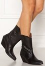 Livia Leather