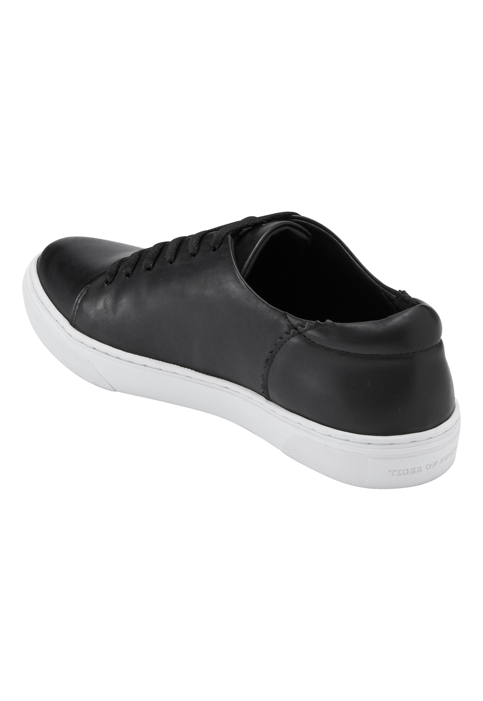 bc0e91e8ee56 TIGER OF SWEDEN Yvelle Shoes 050 Black - Bubbleroom