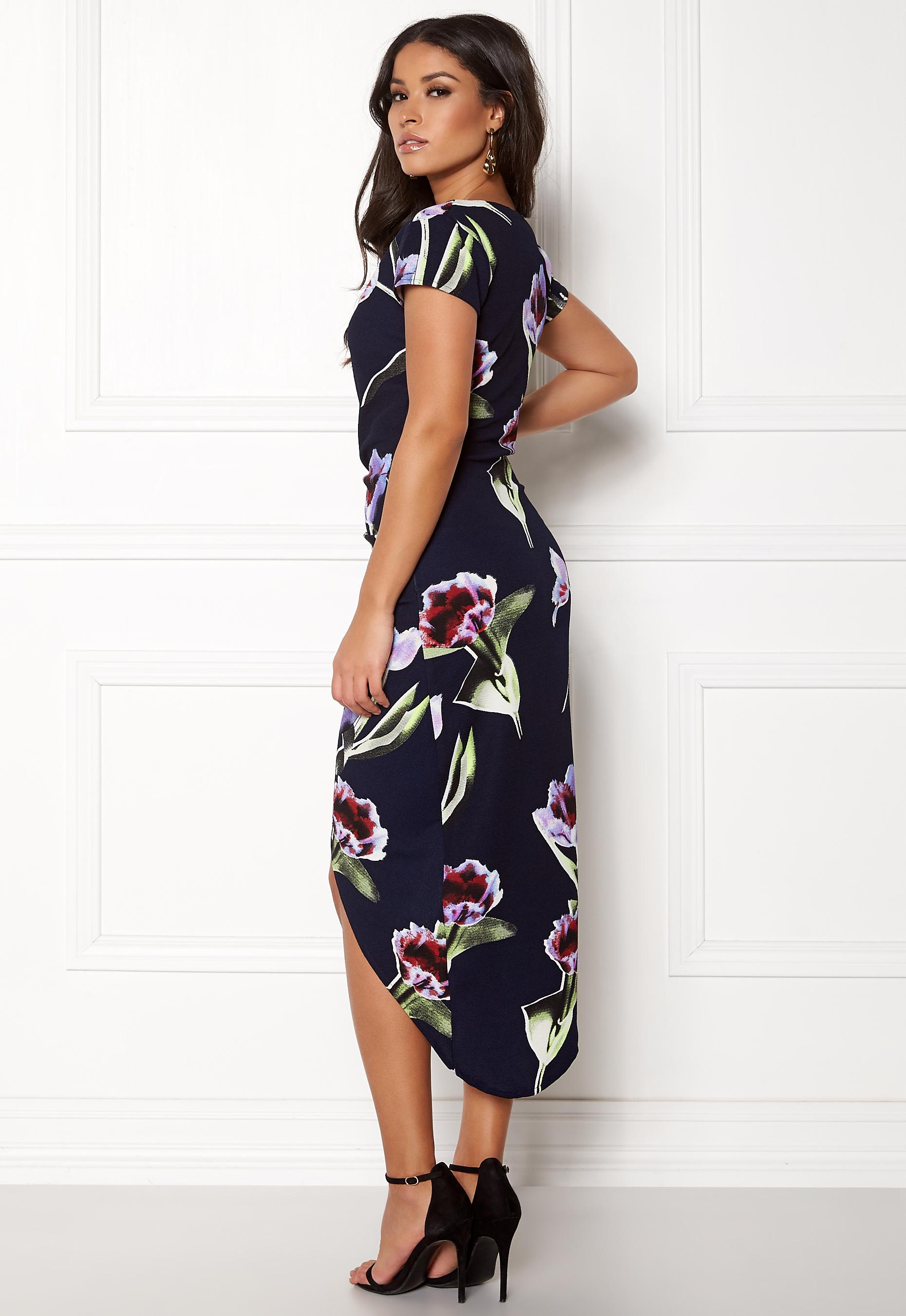 4c05e9e4 AX Paris Floral Asymmetric Dress Navy - Bubbleroom