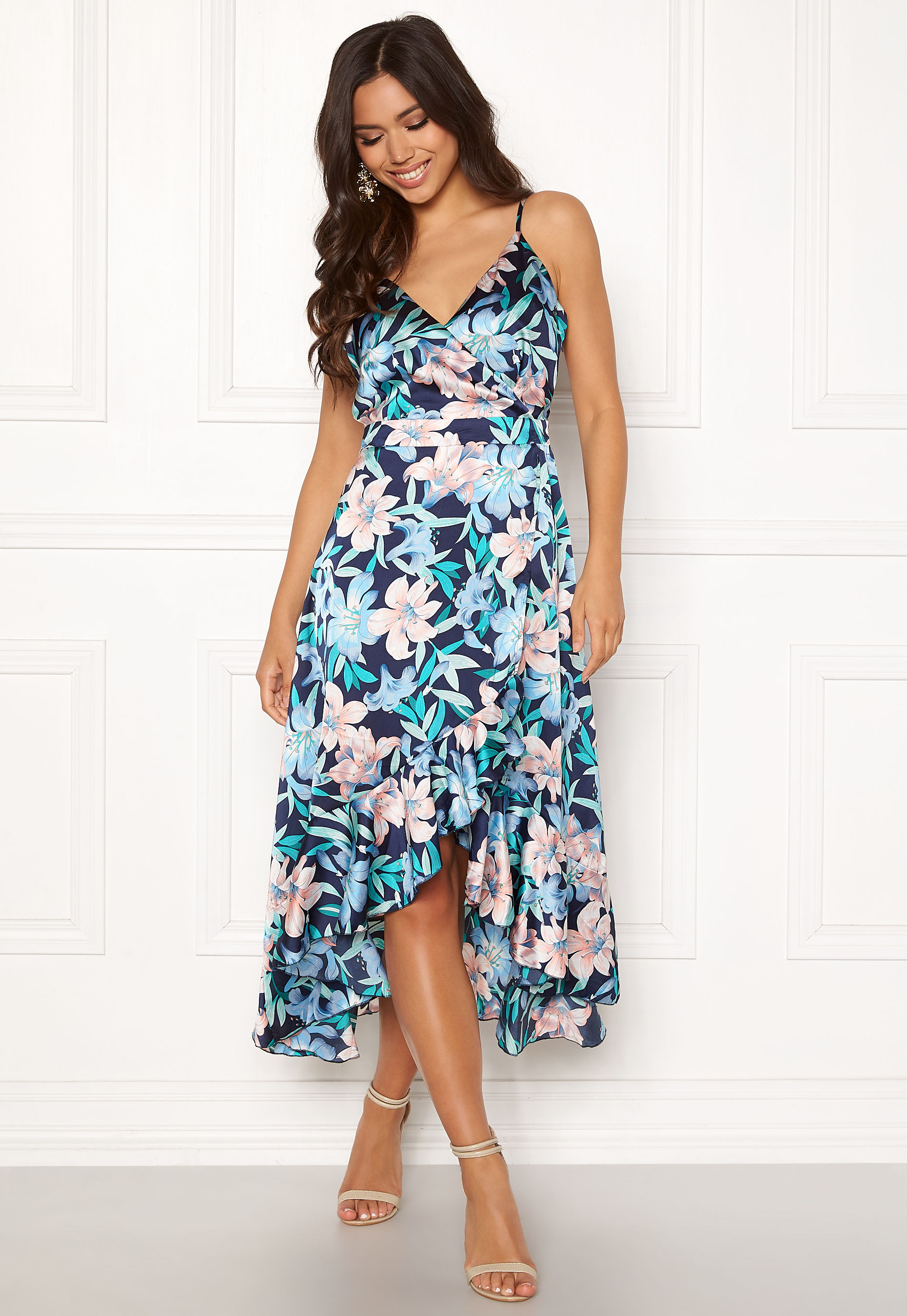 6171547c23 Blue Vanilla Floral Frilly Dress Blue - Bubbleroom