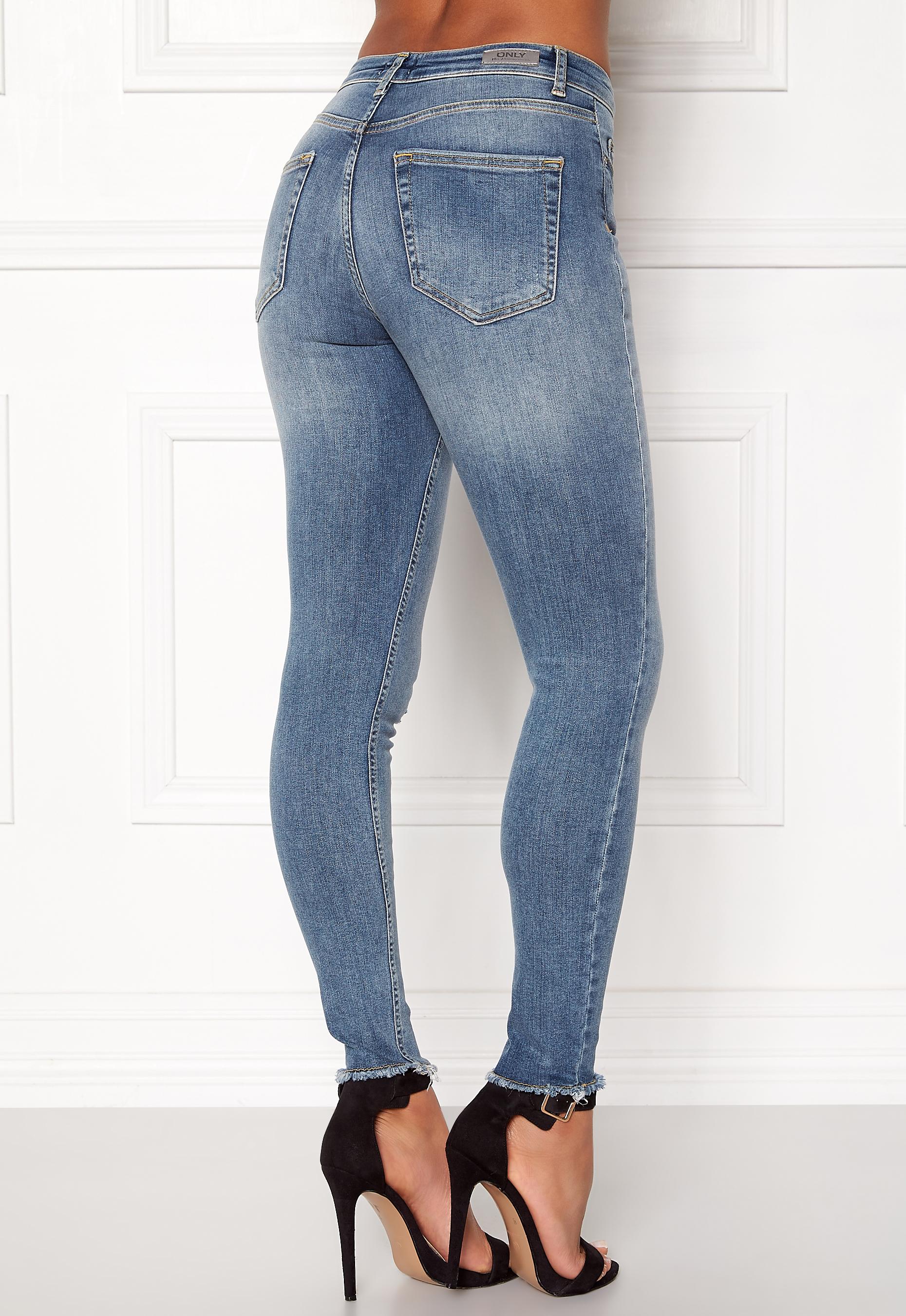 23b11d4fad ONLY Blush Mid Raw Jeans Light Blue Denim - Bubbleroom