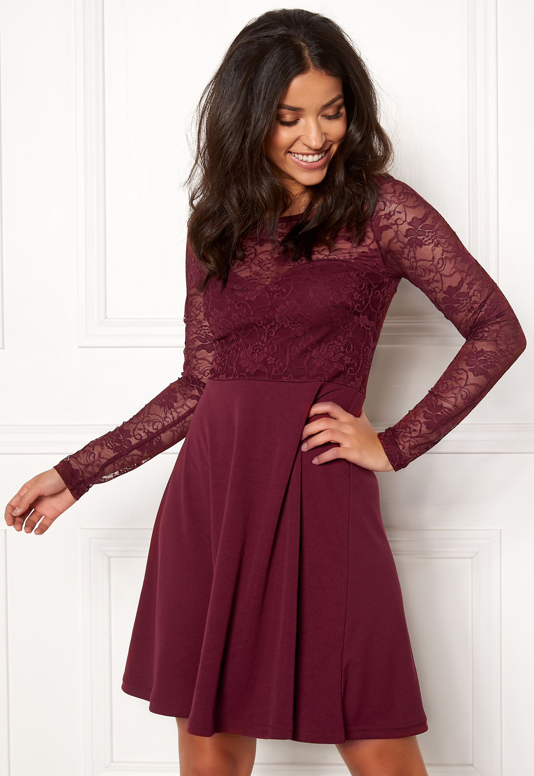 8058c793a57 BUBBLEROOM Grace lace dress Wine-red - Bubbleroom