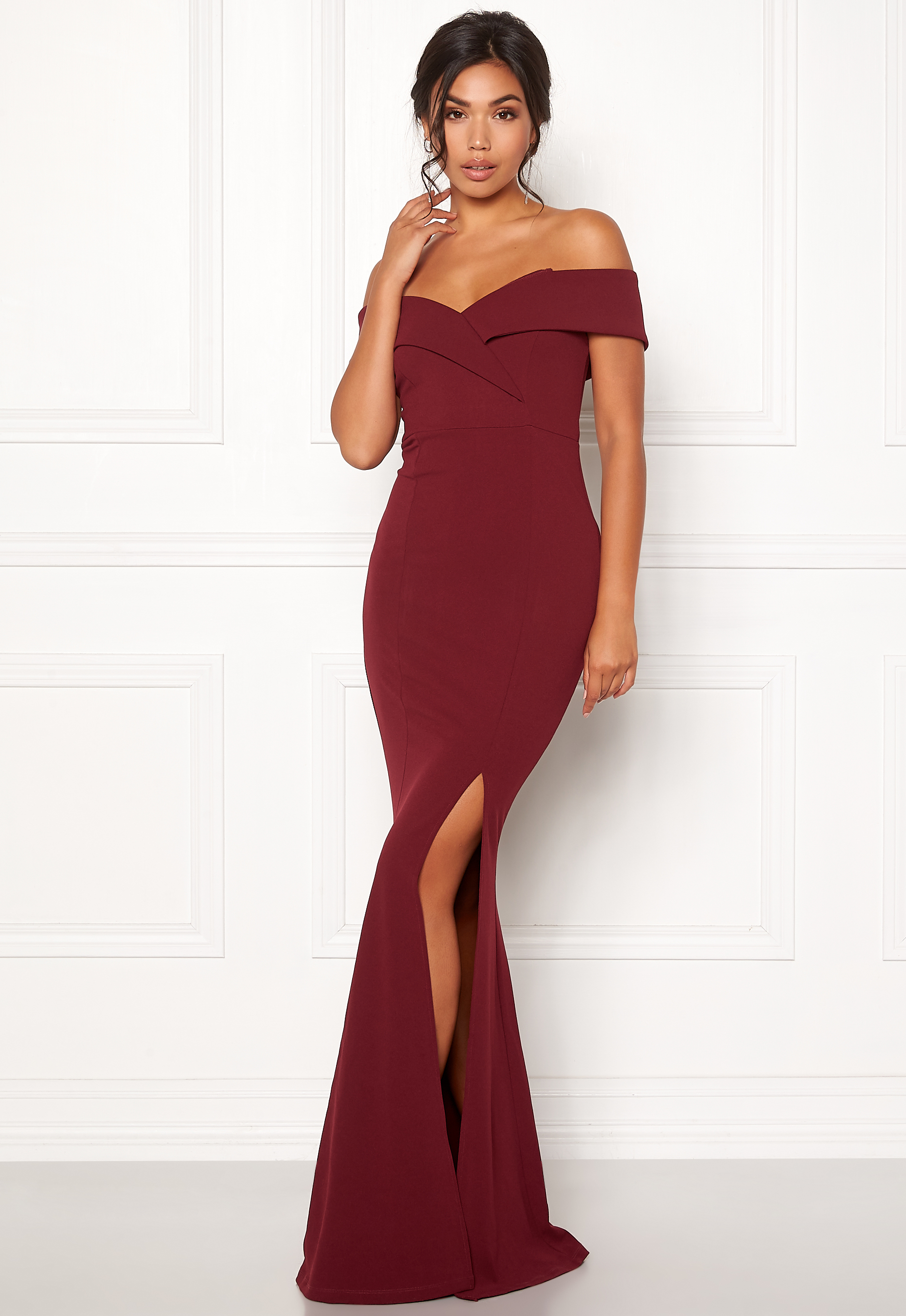 feb12a117d40 BUBBLEROOM Marianna folded off shoulder gown Wine-red - Bubbleroom