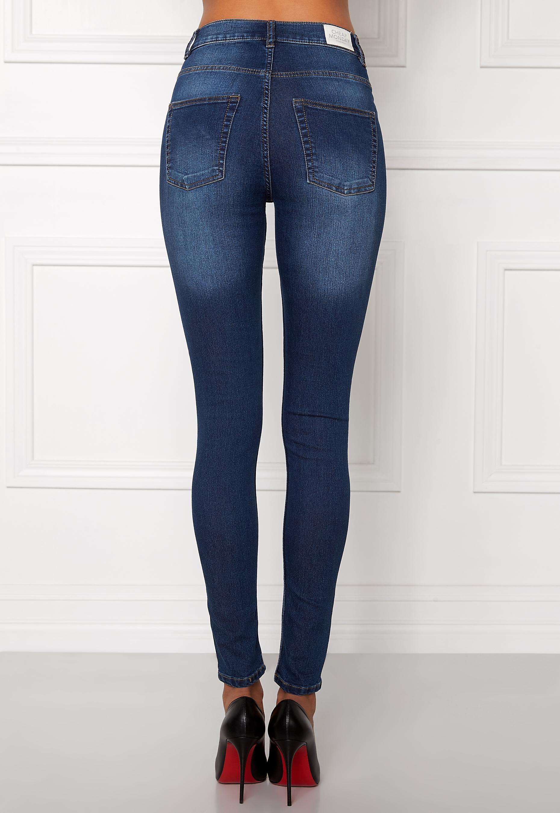 f10697f04484 CHEAP MONDAY High Spray Jeans Dark Blue - Bubbleroom