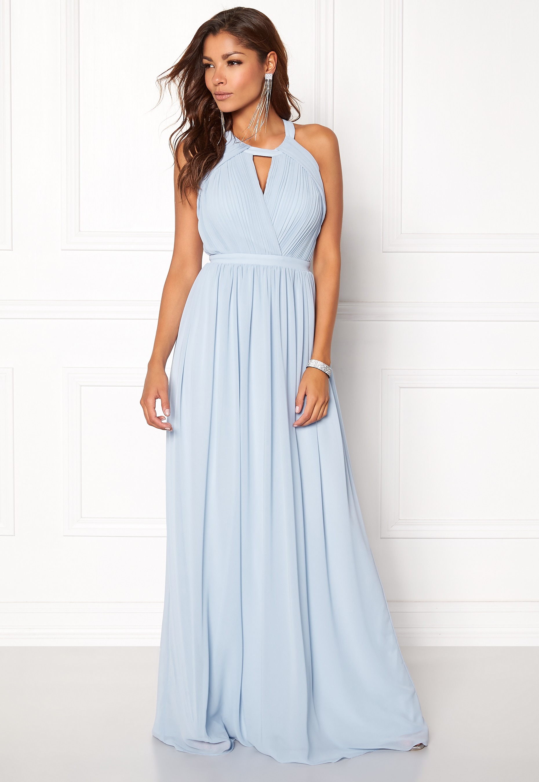 0de3df60f5 Chiara Forthi Athena Gown Light blue - Bubbleroom