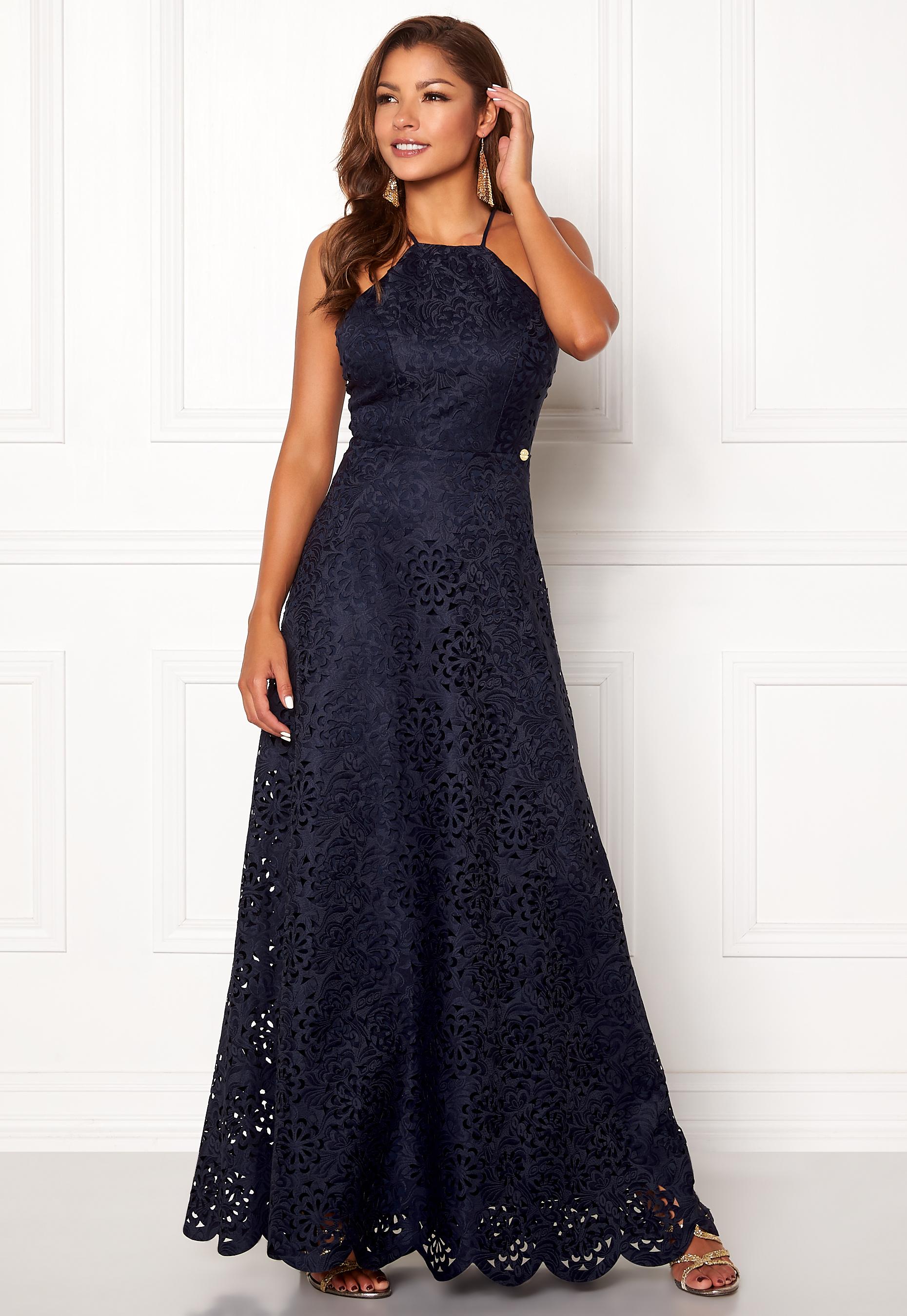 7e56351642c4 Chiara Forthi Elaine lazer cut gown Dark blue - Bubbleroom